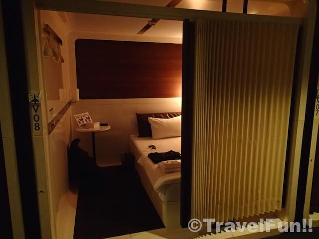 FIRSTCABIN_ROOM